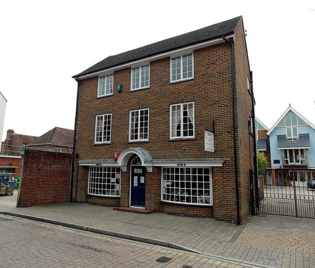 Eve's, Lymington