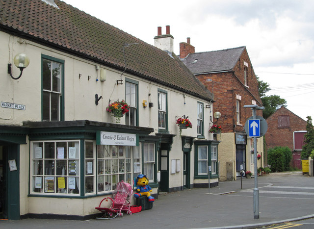Crowle - buildings on south side of Market Place