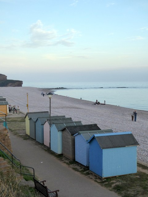 Evening sunlight at the east of Budleigh Salterton beach