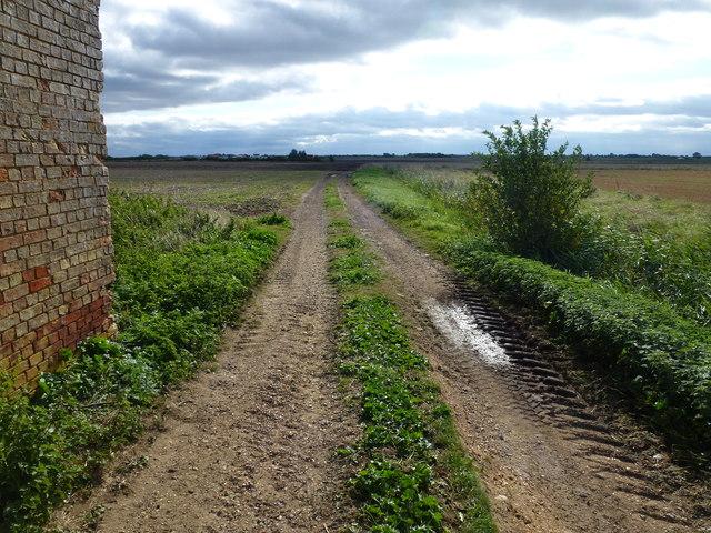 Private track next to Folly Farm, Doddington