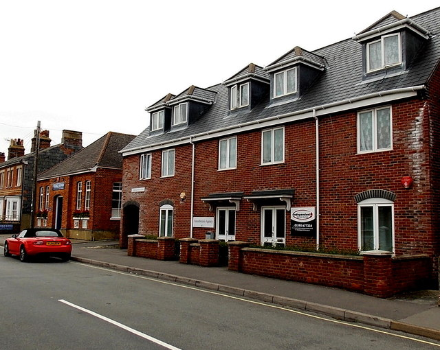 Units 1 and 2, Newington Court, Lymington
