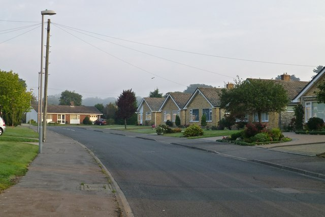 Bungalows on Smugglers Wood Road