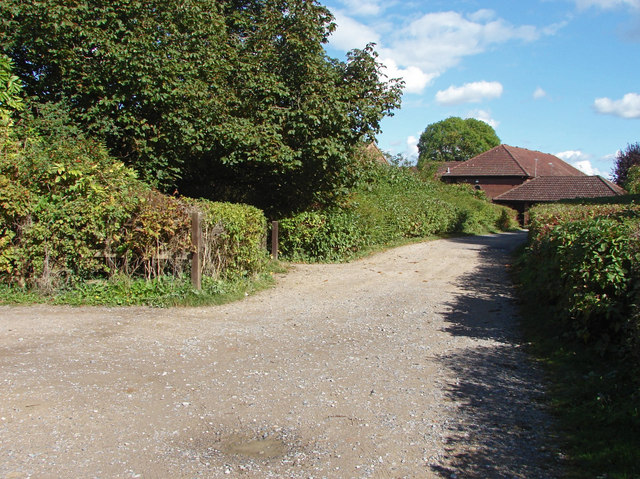 Access road to Recreation ground