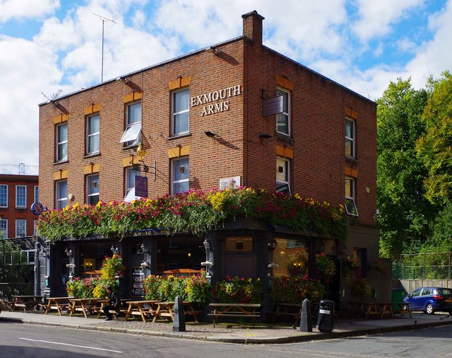 Exmouth Arms, 1 Starcross Street, Camden, London