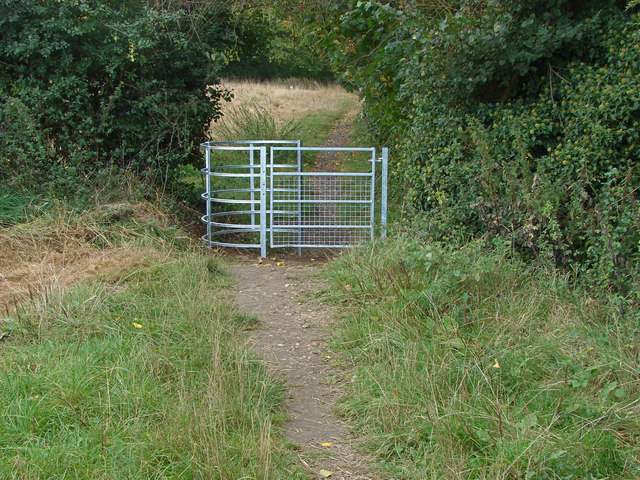 New kissing gate near Binfield