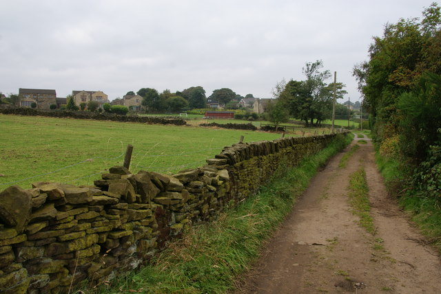 Hill Lane approaching Upperthong