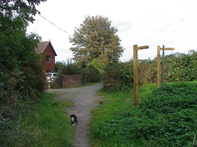 Footpath past Liddington Hall Farm