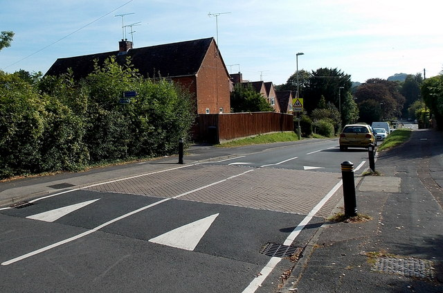 Traffic calming on Stanmore Lane, Winchester