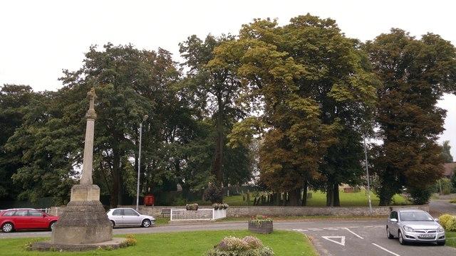War Memorial and village green, Dunholme