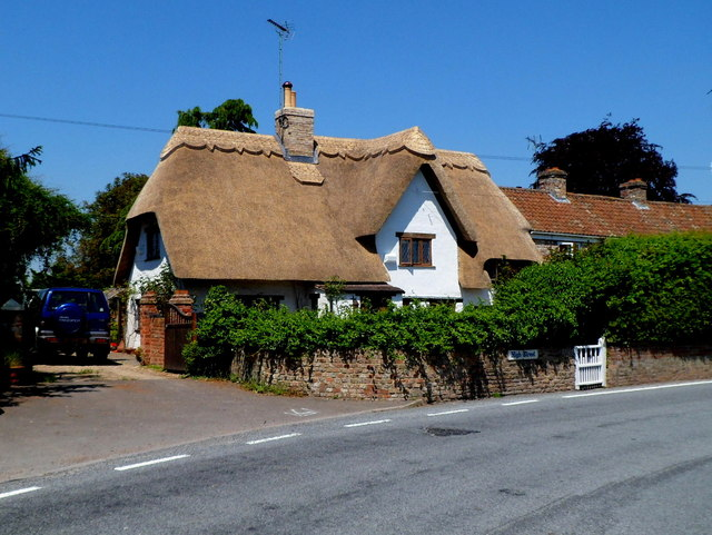 Thatched cottage in High Street, Saul