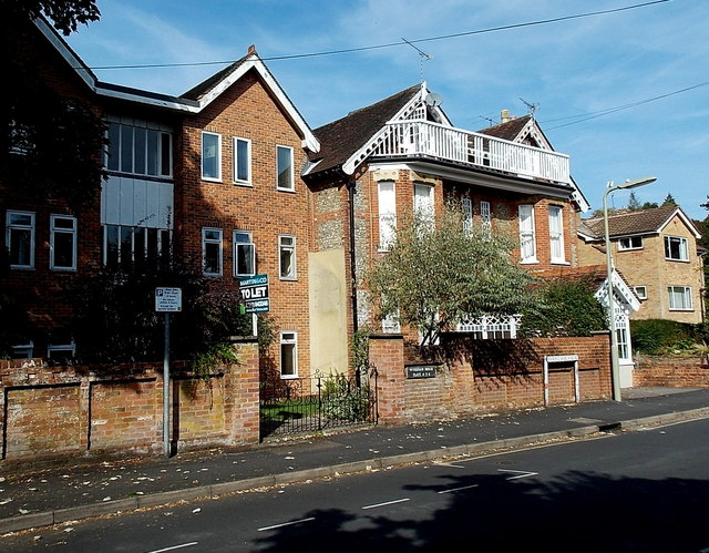 Wykeham House flats, Winchester