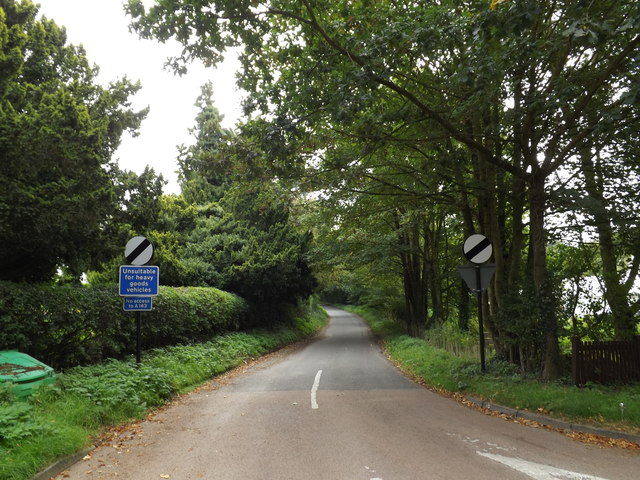 Low Road, Starston