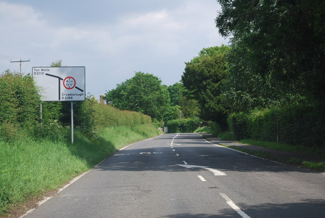 B2110, approaching Groombridge