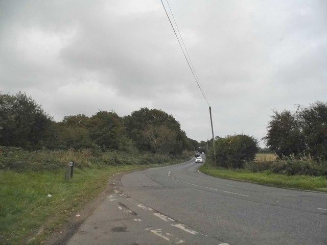 Dean Lane at the junction of Alderstead Lane