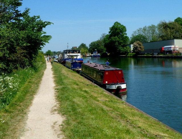 Canal path, Frampton on Severn
