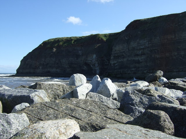 Sea defences and cliffs, Staithes