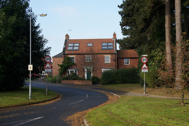 Houses on Longland Lane