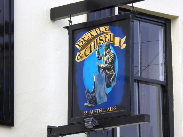 The sign of the Bettle and Chisel inn, Delabole