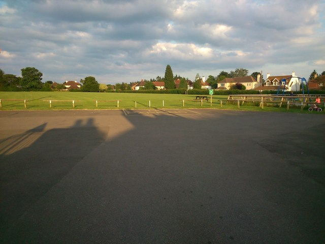 King George V Recreation Area, Loose