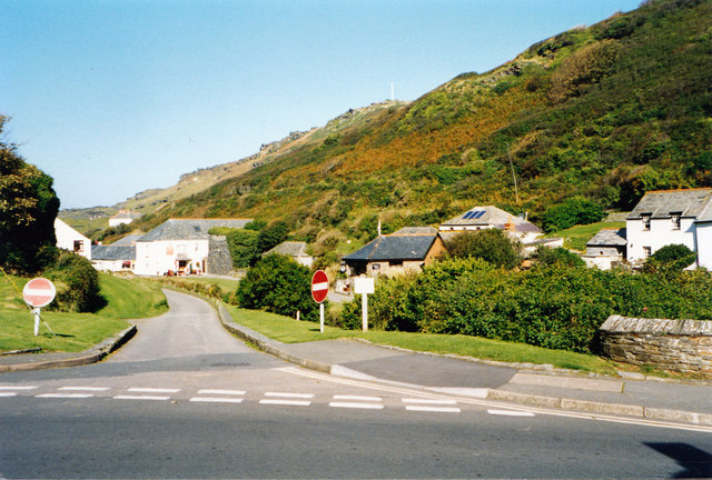 Cornish cul-de-sac-Boscastle, Cornwall