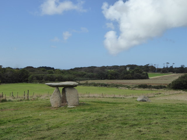 Carwynnen Quoit or The Giant's Quoit