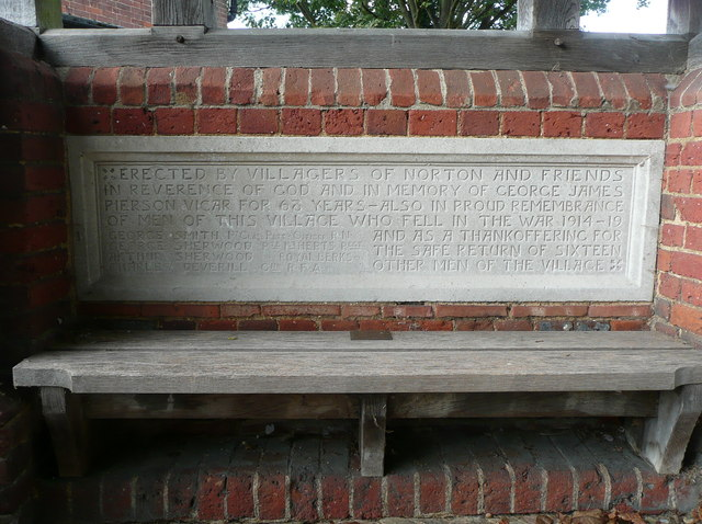 War memorial plaque in the lychgate