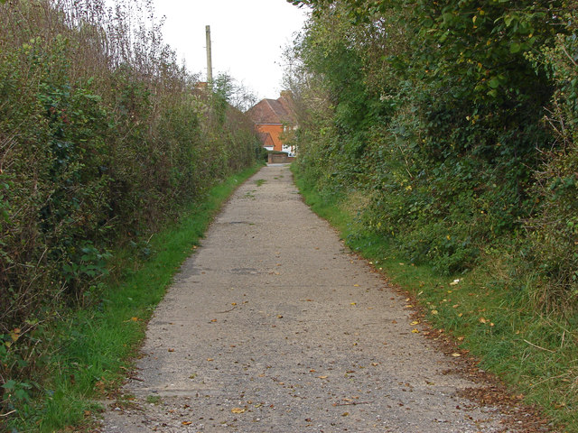 Footpath to Keens Lane