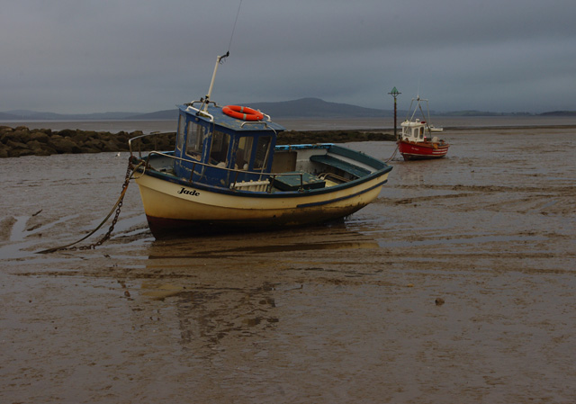 Small boats on the mud