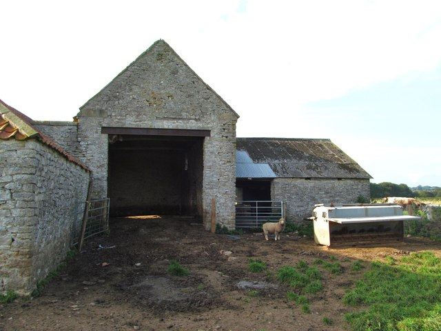 Old stone barn, Blansby Park