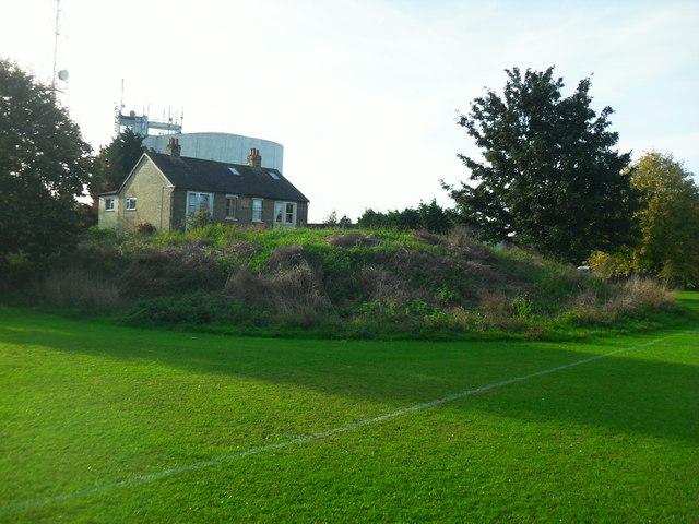 Mound on recreation ground, Haddenham