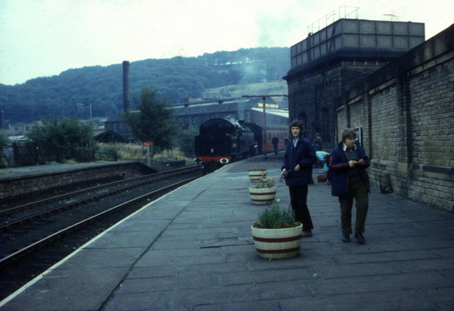 Keighley station, KWVR