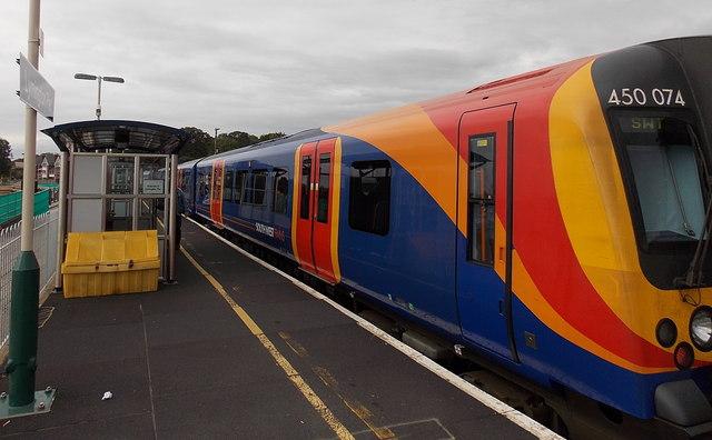 EMU at Lymington Pier railway station