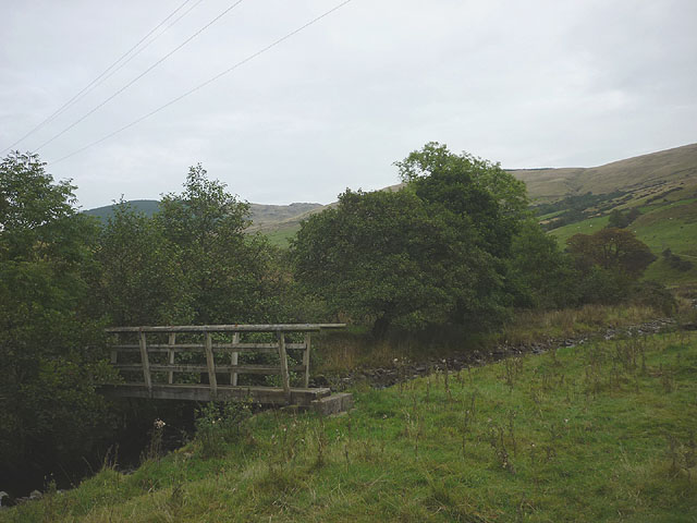 Footbridge over Ashstead Beck