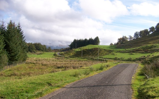 Road through Glen Lonan