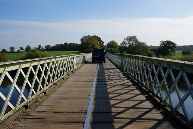 Aldwark Toll Bridge over the River Ure