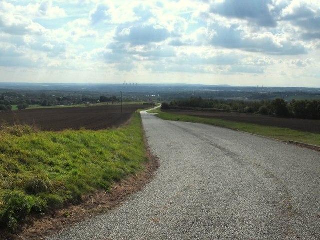 Landfill road southwest of Billinge Hill