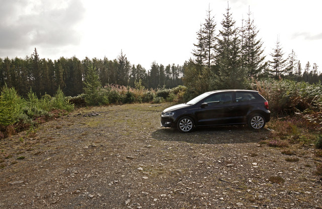 Car park at Spectacle Loch