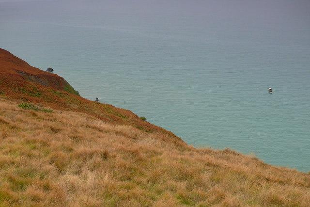 Uwchben y mor ger Carreg Ti-pw / Above the sea near Carreg Ti-pw
