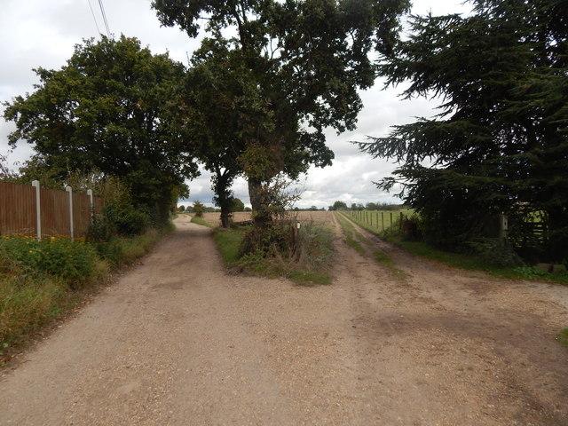 Ballast Quay Road path junction