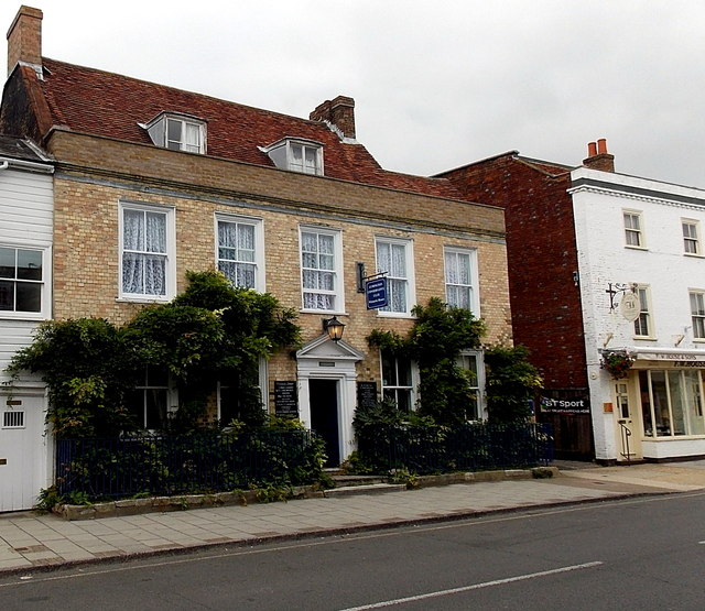 Lymington Conservative Club