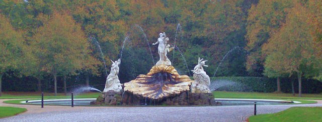 The Shell Fountain, Cliveden