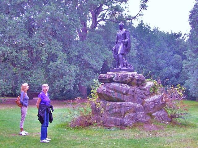 Statue, Cliveden