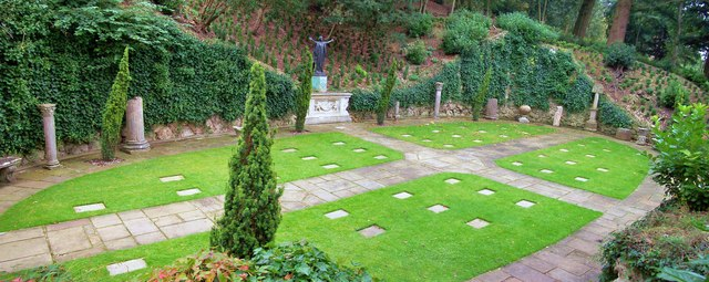 Canadian Military Cemetery, Cliveden