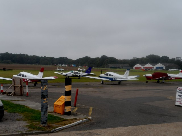Stapleford Aerodrome, Passingford Bridge