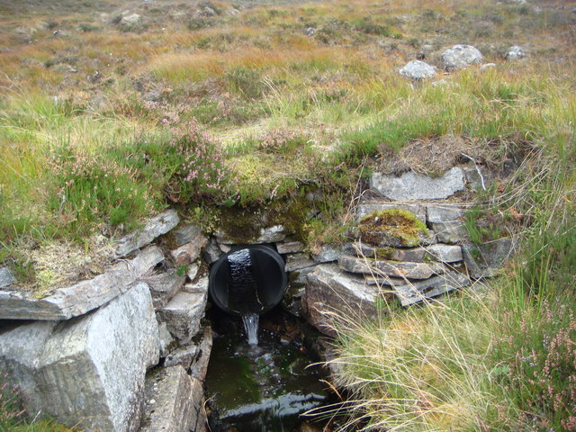 Culvert on path in An Lairig