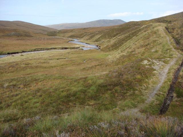 Path by Allt Cam, An Lairig