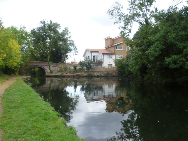 Grand Union Canal at North Hyde Lane