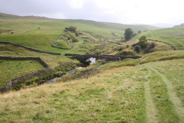 Approaching Smardale Bridge from the north