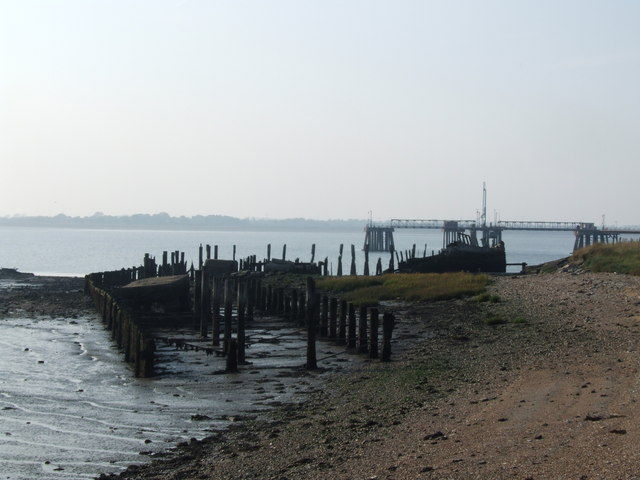Remains of a dock by Cliffe Fort