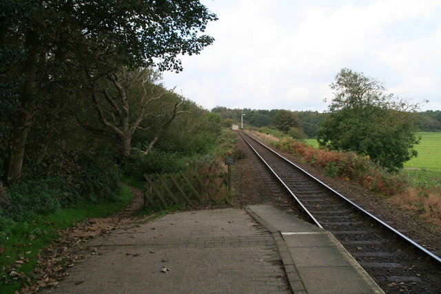 Waiting for the train at Kelling Park Station